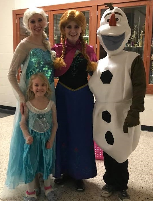 Priscilla Olson of Ireland who has been involved with volunteering her time at Northwood since the 7th grade organized the event in cooperation with the ...  sc 1 st  WJTS & Frozen in Time Father Daughter Dance Benefits Northwood Retirement ...